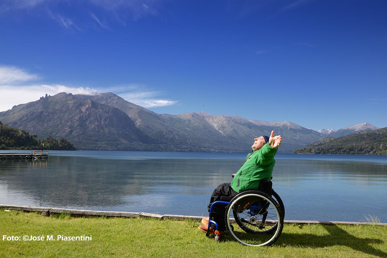 Turismo accesible en Argentina capacitado para silla de ruedas