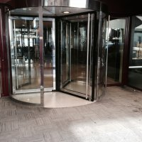 Art-Hotel-Andorra-puerta