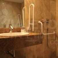 Buenos-Aires-hotel-Continental-725-lavabo-accessible