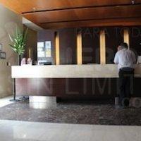 Buenos-Aires-hotel-Continental-725-recepcion-accesible