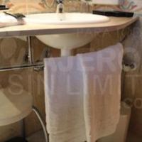 Hotel-Ski-Plaza-Andorra-lavabo-adaptado-para-silla-de-ruedas