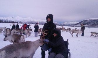 Noruega en silla de ruedas para personas con discapacidad