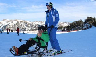 andorra-esquí-adaptado-acesible-en-silla-de-ruedas