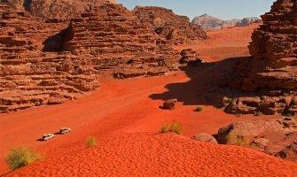 wadi rum jordania accesible